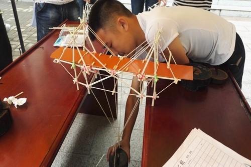 理学院科协木桥承重大赛圆满举办
